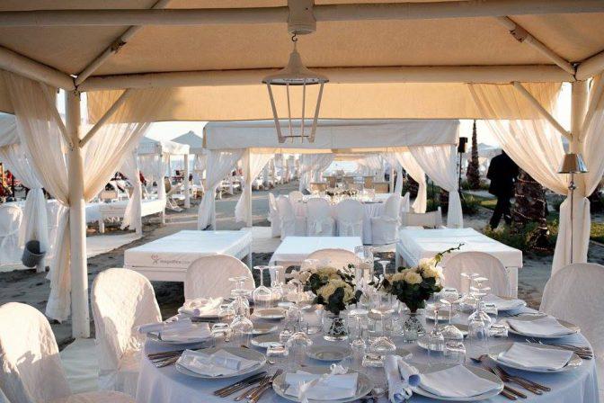 Matrimonio Spiaggia Versilia : Matrimonio a forte dei marmi spiaggia twiga discoteca