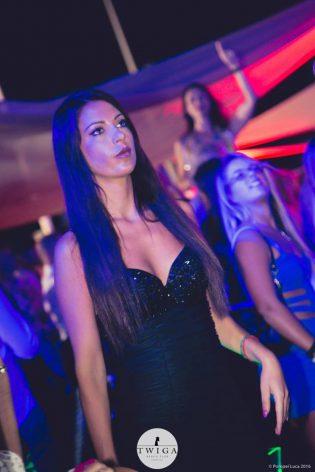 discoteca twiga beach ragazze forte dei marmi