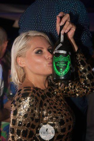 bottiglie discoteca twiga