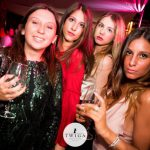 foto twiga beach club ragazze in versilia