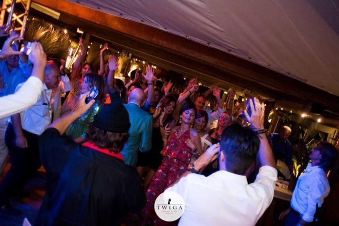 cena spettacolo con umberto smaila discoteca twiga beach