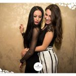 foto twiga ragazze abbracciate
