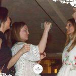 ragazze ballano foto twiga forte dei marmi
