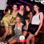 belle ragazze nella discoteca più esclusiva d'italia