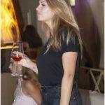 bere vino in discoteca
