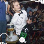 magnum dom perignon in discoteca