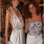 ragazze nella discoteca più esclusiva d'italia