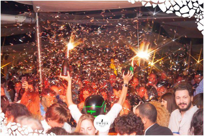 tavoli in discoteca foto twiga marina di pietrasanta