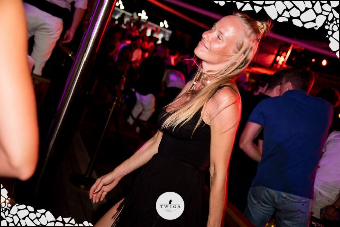 ballare a forte dei marmi foto discoteca twiga beach