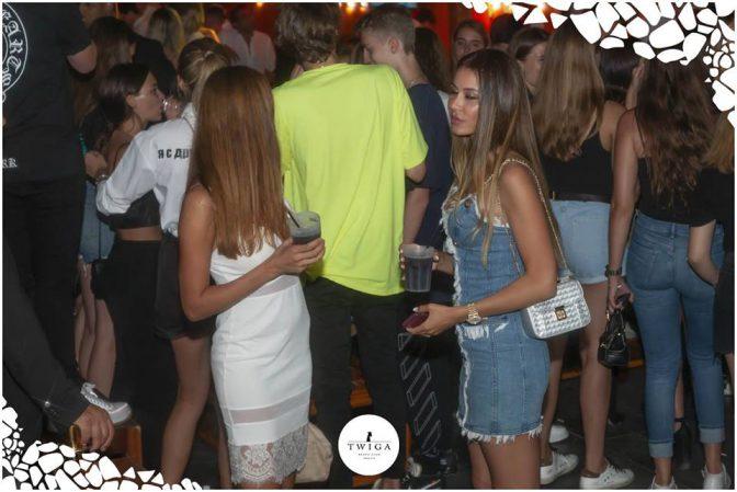 belle ragazze nella discoteca più figa d'italia